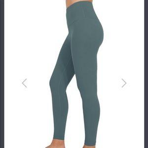 90 degrees by Reflex yoga pants
